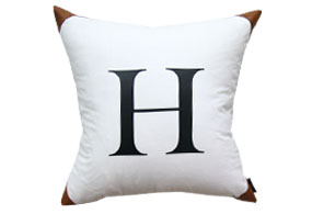 H EDGE CUSHION