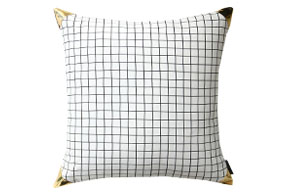 EDGE GRID CUSHION